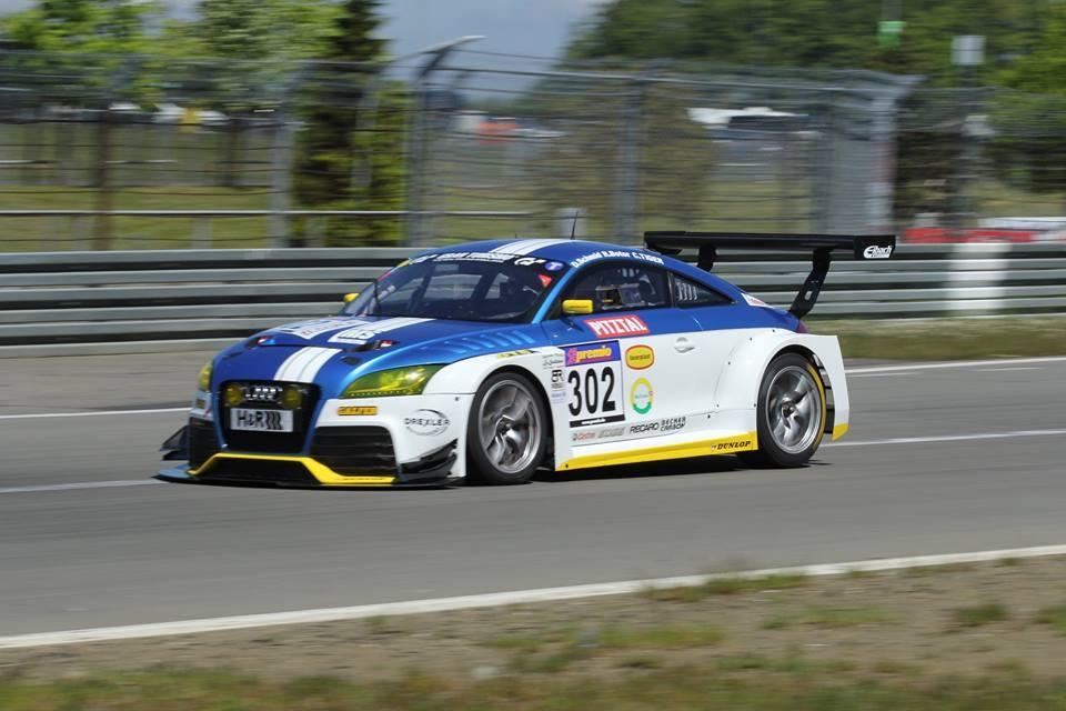 Sieg im Audi TT RS und Platz 4 im Opel Astra Cup